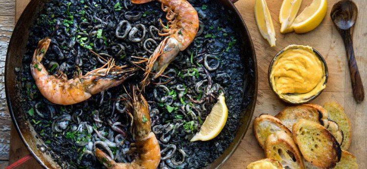 Arroz Negro - czarna Paella
